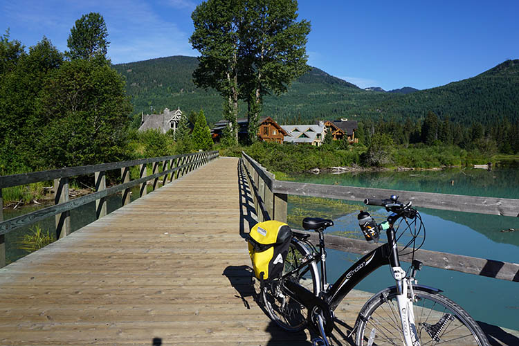 How Far Will YOU Go on an Easy Motion Neo City Electric Bike? Here's my bike on a tour of the awesome Whistler Valley Trail - which you can read about here
