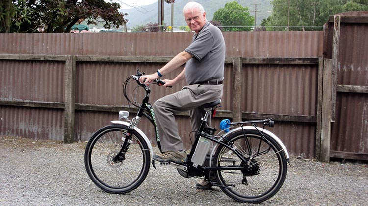 72-year-old Phillip in New Zealand is getting fitter with an electric bike, despite having five stents in his heart after a heart attack, plus surviving a stroke and bowel cancer. 15 Reasons to Get an Electric Bike