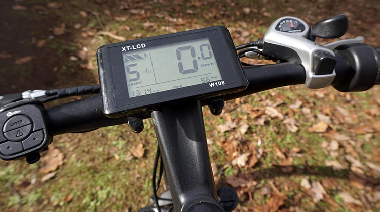 "The Spark system gives you information with a 3.7"" backlit LCD display console. Spark Electric Bike review"