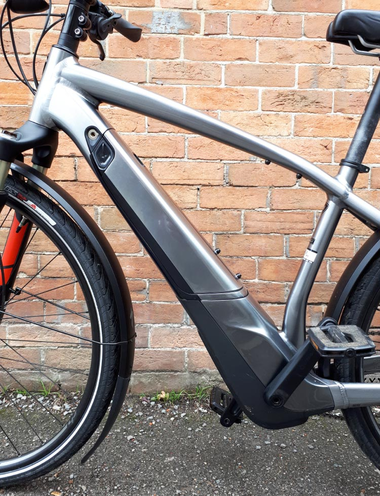 The locking battery unit is stylishly integrated into the frame down tube and can be charged on or off the bike. Specialized Turbo Vado review