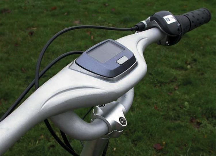 Electric Bike Conversion: Bafang BBS01 motor and Giant Revive. Stock Revive speedometer display, photo by Velovision