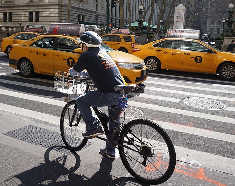 Why is the Mayor of New York Waging War on Ebikers? Delivery people on bikes are everywhere in New York, working hard to keep this vibrant and fast-paced city moving - and to satisfy the demands of millions of customers. Many are on regular bikes, and an increasing number are on electric bikes. Some people don't like this ...