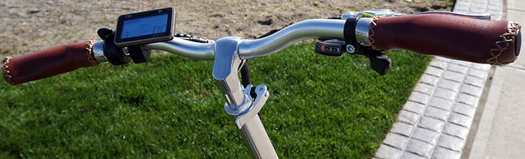 Blix Vika+ Foldable Electric Bike Review. To ride the Blix Vika+ foldable ebike, you use the easy to see and operate display console on the handlebars