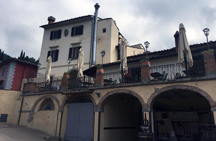 Our Electric Bike tour of Florence: The impressive villa at La Fattoria in Citta. Parts of the 1996 movie, A Room with a View, were filmed in this villa.