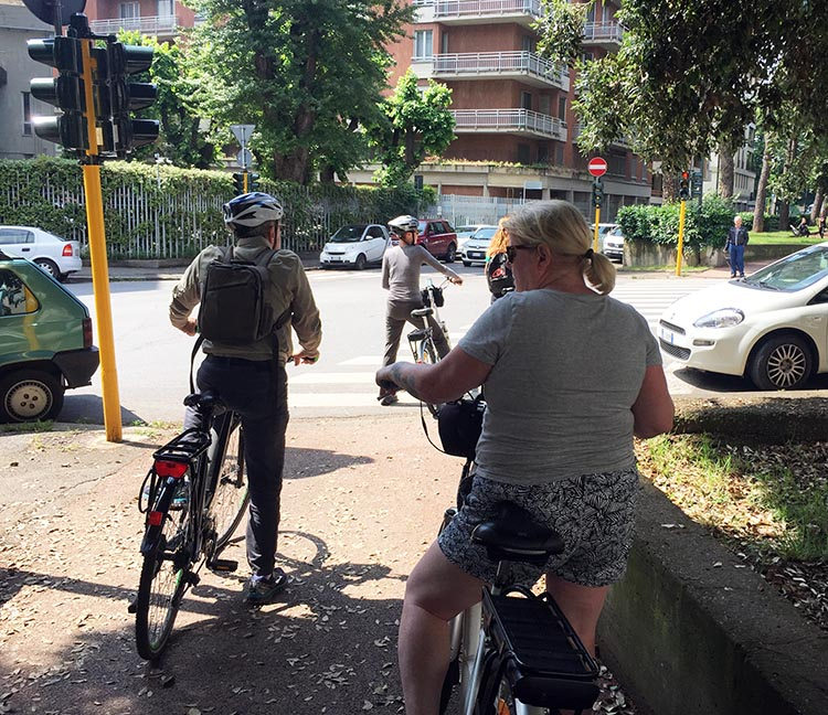Our Electric Bike tour of Florence: There is quite a lot of good cycling infrastructure in Florence, including totally separate bike lanes, often in the center of boulevards