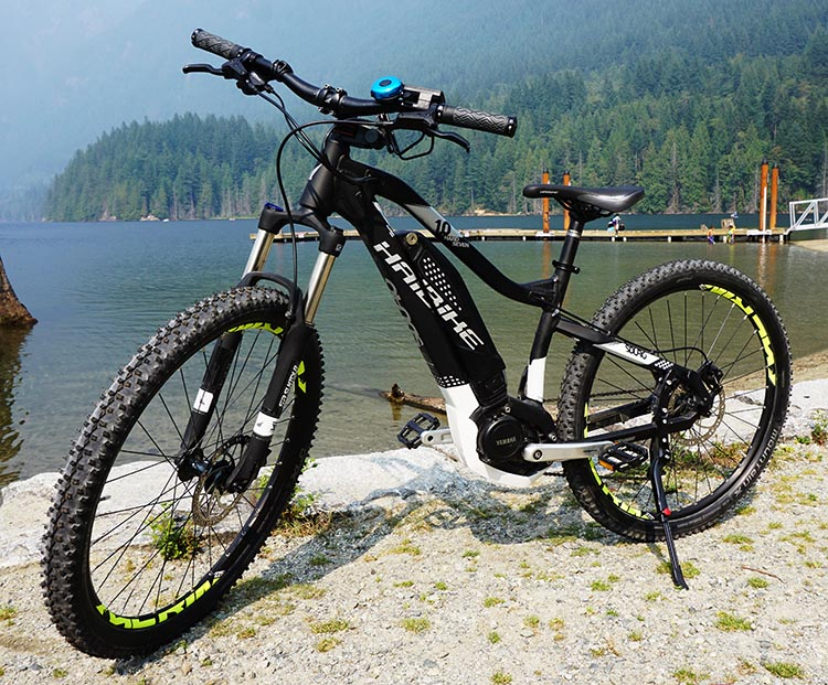 Haibike SDURO HardSeven 1.0 Review. The Haibike SDURO HardSeven 1.0, photographed next to a lake